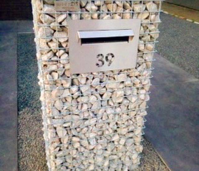 schanskorven, steenkorven, schanskorf brievenbus, steenkorf brievenbus, fabrikant brievenbussen, maatwerk brievenbussen, ART-fences